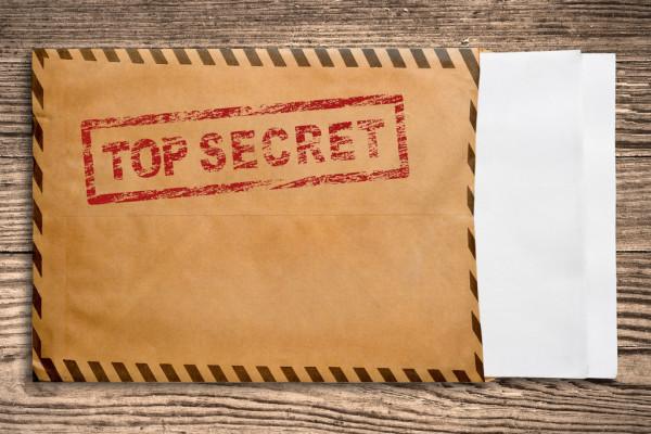 jaderná energie - Ruští špióni v České republice se zajímají o tender na dostavbu jaderné elektrárny Temelín - Zprávy (depositphotos 4270831 stock photo envelope with top secret stamp) 1