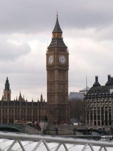 jaderná energie - Udělování licencí pro reaktory EPR a AP-1000 ve Velké Británii naráží na problémy - Nové bloky ve světě (BigBen 1 db) 1