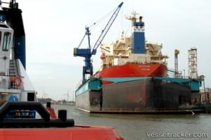 """Nákladní loď typu Nordic Barents. Nyní jedna z nich bude druhým """"pokusným králíkem"""" na Severní námořní cestě, který má potvrdit její využitelnost."""