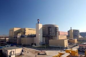 Jaderná elektrárna Cernavodă, jediná v Rumunsku a jediná JE v zemích bývalého socialistického bloku, kterou postavili západní firmy - kanadské.