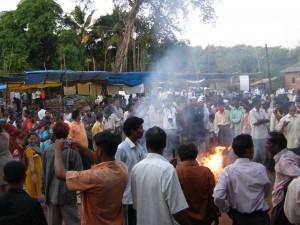 Protesty v Haripúru před několika týdny. Důvodem byla jaderná elektrárna, kterou má stavět ruský Rosatom.