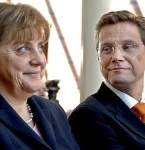 Angela Merkelová a Guido Westerwelle, předsedové vládnoucích stran Německa. Stát se s energetiky nakonec dohodl.