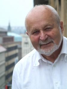Profesor František Janouch.