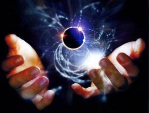 Jaderní fyzikové se snaží proniknout do nejhlubšího nitra hmoty. Jednou z Velkých otázek této vědy je stabilita určité skupiny supertěžkých prvků, které jsou podle teorie schopny dlouhodobé existence.