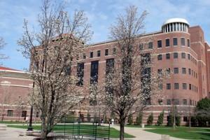 Univerzita Purdue, kde práce na palivu s berylliem běží už téměř deset let. Není v tom sama, tato technologie je slibná. Teď to však dopracovala až k patentu.