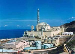 Demonstrační reaktor na rychlých neutronech v Mondžú. Pýcha japonské jaderné energetiky má být po patnácti letech spuštěna znovu, ale jak je vidět, ani Japonci nejsou ušetřeni malých a velkých technických nedopatření.