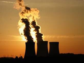 Elektřina z Temelína proudí do sítě přesně deset let