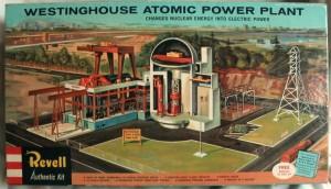 Plastikový model jaderného reaktoru konstrukce společnosti Westinghouse. Jedná se patrně o jediný plastikový model tohoto druhu.
