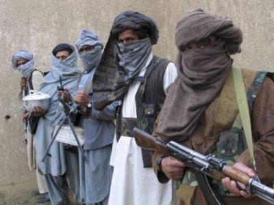 Bin Ládin varoval Francii, že zabije rukojmí, pokud nestáhne vojáky
