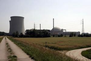 jaderná energie - Čtyři německé reaktory nejsou bezpečné, může je silně poškodit pád menšího letadla – zpráva expertní komise - Ve světě (biblis je) 1