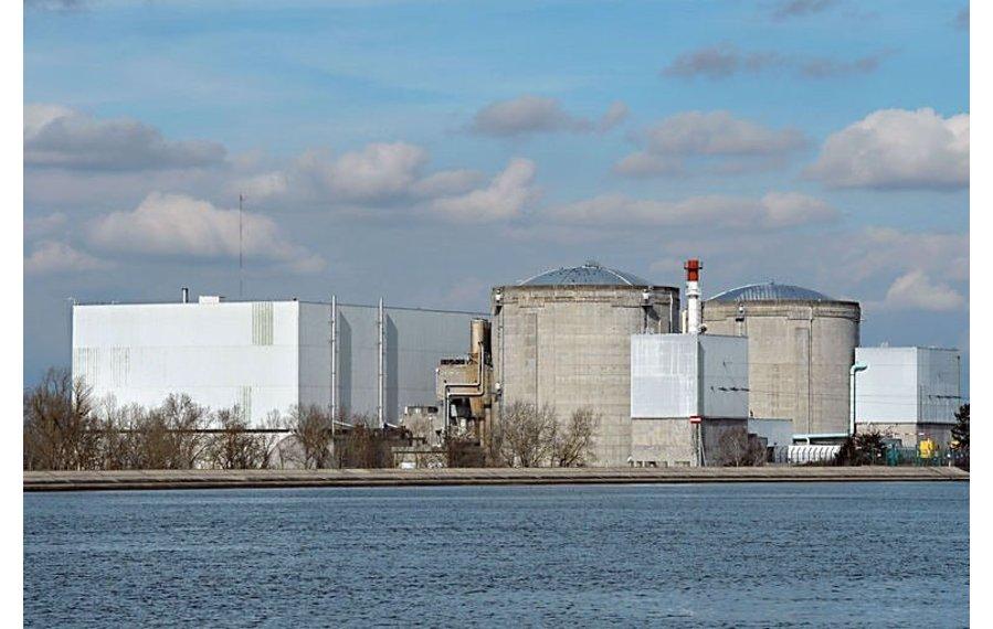 Francie zůstává jaderné energii věrná – E15