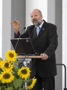 jaderná energie - O jadernou energii ČEZu Německo mít zájem nebude, tvrdí expert tamních Zelených - Nové bloky v ČR (hans josef fell 2) 1