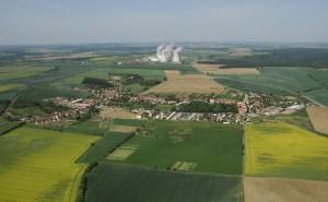 jaderná energie - Jaderné elektrárny považují lidé z jejich okolí za bezpečné - V Česku (dukovany obec) 1