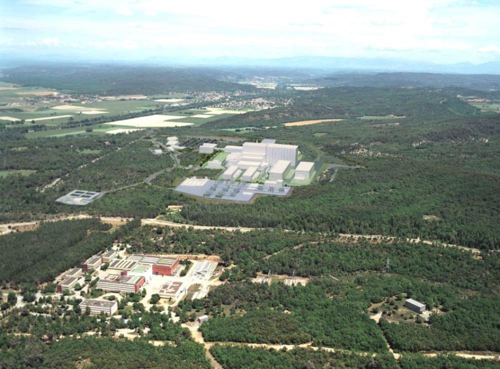 Fúzní reaktor ITER dostane další 1,3 miliardy eur od EU