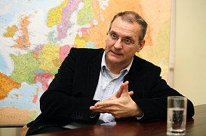 Vláda bude příští týden jednat o prodloužení mandátu Václava Bartušky