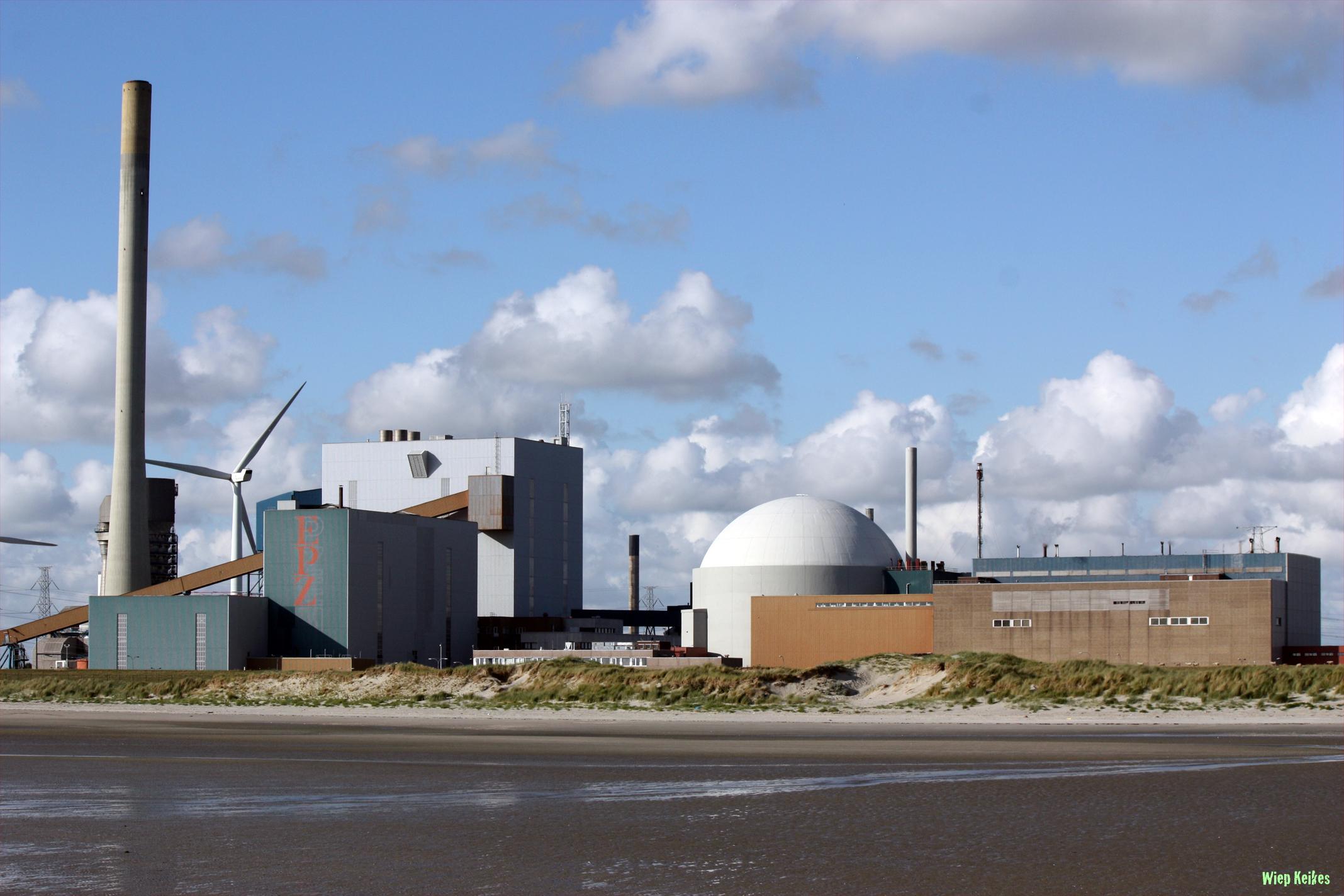 Holandské ministerstvo zastavilo práci na udělení druhé jaderné licence