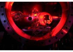 jaderná energie - Ve Stanfordu vytvořili vědci dosud nejsilnější a nejpřesnější rentgenové laserové pulsy - Věda a jádro (stanford laser) 1