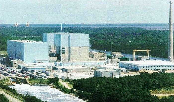 Na americkéjaderné elektrárně Brunswick byl kvůli závadě na elektrickém zařízení odstaven první blok