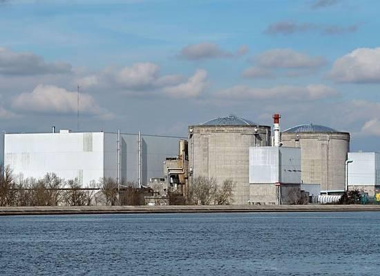 Nejstarší jaderná elektrárna ve Francii je kvůli nehodě zavřená