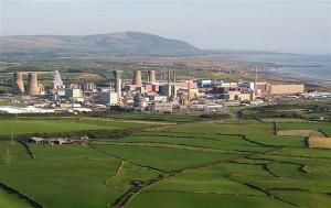 jaderná energie - Britská jaderná zařízení jsou ohrožena zaplavením - Ve světě (sellafield u more) 1