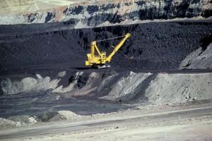 jaderná energie - USA loni vyvezly rekordní objem uhlí, největší za 20 let - Ve světě (coal mine wyoming) 1