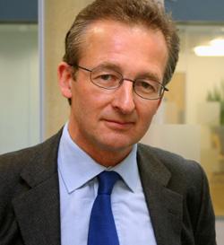 Britský ekonom a profesor z Oxfordu Dieter Helm: Břidlicový plyn může učinit jádro ekonomicky zcela nerentabilním