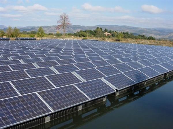 Obnovitelné zdroje loni pokryly přes deset procent spotřeby