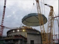 Rusové instalují kupoli na Novovoroněži II