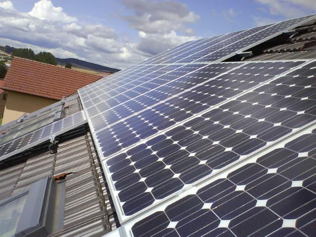 Růst instalovaného výkonu fotovoltaiky prudce zpomalil