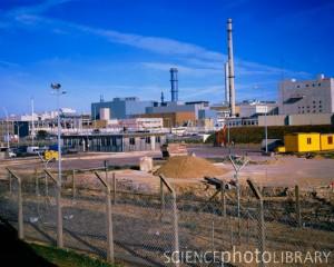 Továrna na zpracování vyhořelého paliva v La Hague, jedna z těch, na kterou dopadnou nová bezpečnostní opatření ASN. Zdroj: SciencePhotoLibrary