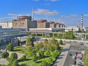 Zaporožská jaderná elektrárna. Se šesti bloky o celkovém výkonu 6 gigawattů je největší svého druhu v Evropě. Zdroj: rdu.org.ua
