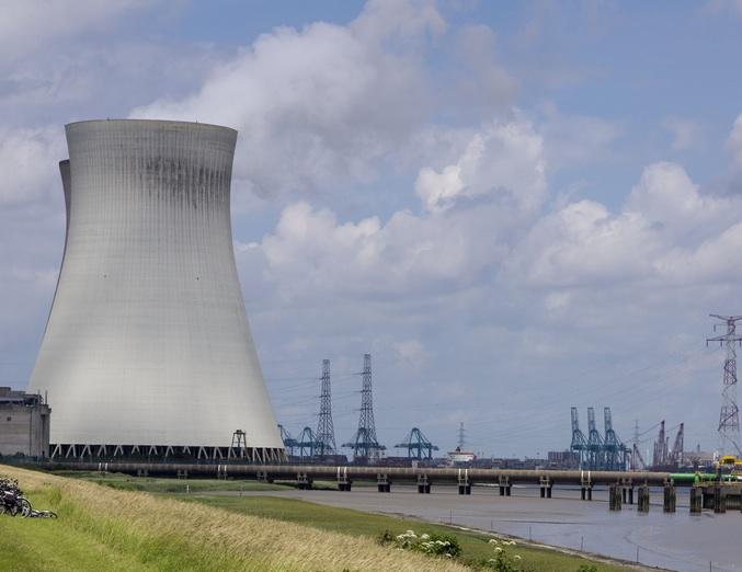 V belgické jaderné elektrárně se našly trhlinky, objekt je zavřen