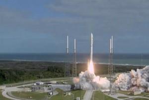 Start rakety Atlas se sondou Curiosity z mysu Canaveral. Zdroj: exoplanety.cz