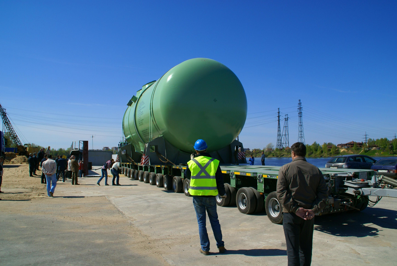 Na Novovoroněžské elektrárně nainstalována reaktorová nádoba – foto