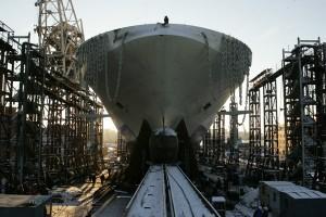 Jak se staví plavidlo v Baltských loděnicích. Podnik, založený v roce 1856, je jedním z největších výrobců plavidel v Rusku. Zdroj: dp.ru