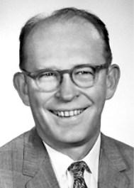William Frank Libby (1908-1980), americký chemik a otec radiouhlíkového datování. Zdroj: nobelprize.org