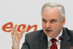 Vyděláváme o tolik méně. Johannes Teyssen, předseda představenstva EOnu. Zdroj: newshopper.sulekha.com