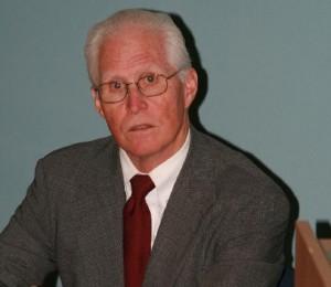 Doktor Stoiber na přednášce v Řeži.