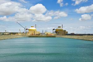 Fotogenická jaderná elektrárna Kudankulam. (Zdroj: Youthinkweb.wordpress.com)