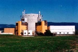 Pohled na elektrárnu Superphenix s reaktorem chlazeným tekutým sodíkem.