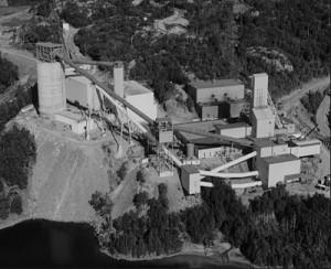 Důl Denison Mines byl největším dolem z celkem jedenácti provozovaných v oblasti Elliot Lake. (Zrdoj: Toms-randomthoughts.blogspot.cz)