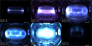 Několik snímků plazmatických výbojů v korejském experimentálním fúzním zařízení typu tokamak.