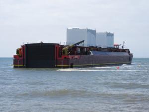 Terra Marique se chystá na přistání u břehu.