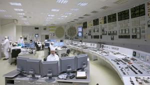 Velín jednoho ze čtyř leningradských bloků s reaktory RBMK-1000. (Zdroj: Atomic-energy.ru)