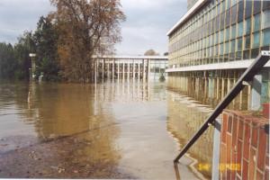 Povodně v roce 2002. (Zdroj: Mff.cuni.cz)