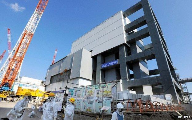 Fukušimská jaderná elektrárna se připravuje na důležitou, ale riskantní operaci