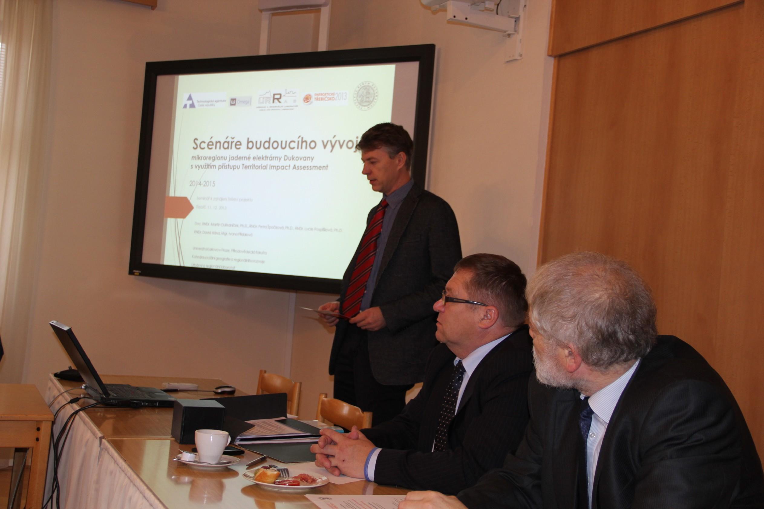Starostové a odborníci na energetiku řešili vTřebíči budoucnost Jaderné elektrárny Dukovany