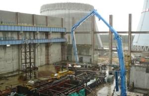 Takto to vypadalo v září minulého roku na staveništi Leningradské elektrárny II, kde vznikají dva bloky s reaktory typu VVER-1200. (Zdroj: Titan2.ru)