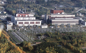 Stávající bloky Bělojarské jaderné elektrárny - nalevo stojí budova s reaktory AMB-100 a AMB-200 a napravo budova s rychlým reaktorem BN-600. (Zdroj: Bellona.org)