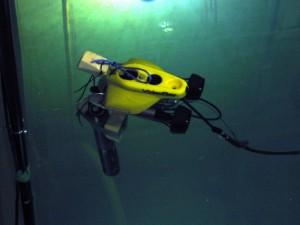 Dálkově řízená miniponorka sloužící k monitorování situace v skladovacím bazénu v Sellafieldu. (Zdroj: Sellafieldsites.com)